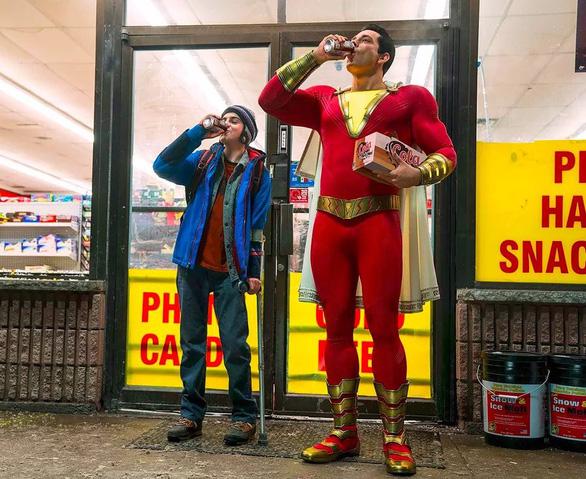 Shazam!: siêu anh hùng tướng phụ huynh, hồn học sinh - Ảnh 3.