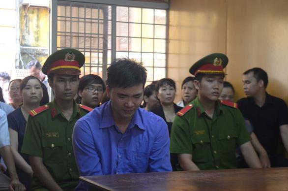 Thầy giáo giết đồng nghiệp sắp cưới ở bờ kè lãnh án chung thân - Ảnh 1.