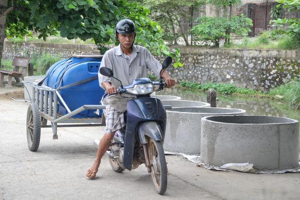 Cách trung tâm huyện vài cây số, hàng ngàn hộ dân khát nước sạch - Ảnh 3.