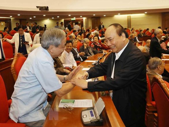 Tổng bí thư, Chủ tịch nước: Các nguyên lãnh đạo là chỗ dựa vững chắc cho Đảng - Ảnh 3.