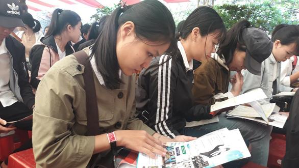 Điểm yếu nhất của thí sinh là chọn ngành theo tâm lý đám đông - Ảnh 2.