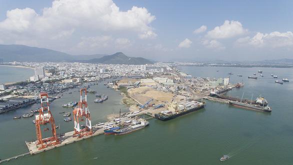Vụ bán cảng Quy Nhơn: Thu hồi cổ phần, xử lý cán bộ sai phạm - Ảnh 1.