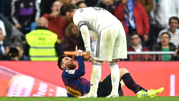 Ramos chơi xấu Messi, R.M vẫn bại trận - Ảnh 2.