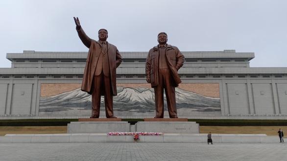 Nhiều quy định 'oái oăm', du lịch Triều Tiên vẫn sốt với khách Việt - Ảnh 5.