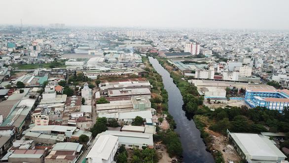 Cắt điện, nước cơ sở gây ô nhiễm được không? - Ảnh 1.