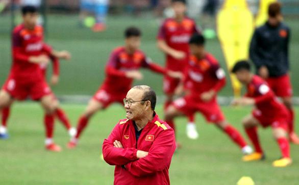 Giúp ông Park trui rèn tuyển thủ, cần sự thay đổi từ VFF - Ảnh 1.