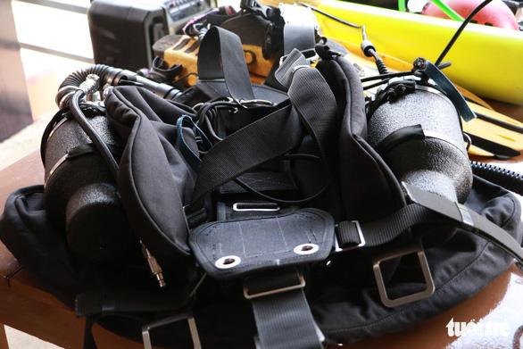 500kg hành lý phục vụ thám hiểm sông ngầm hang Sơn Đoòng - Ảnh 1.