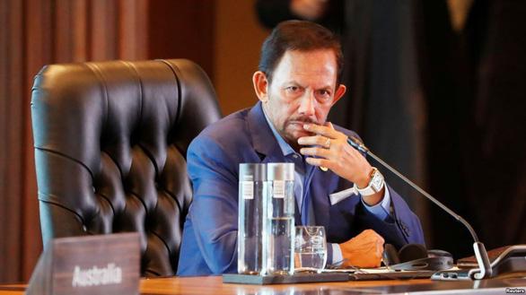 Luật hà khắc của Brunei bị quốc tế phản ứng mạnh - Ảnh 1.