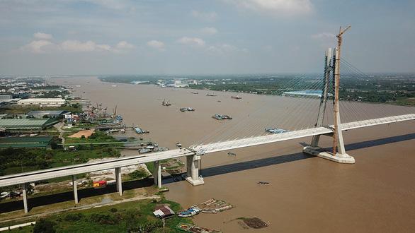 Đường về miền Tây thêm xa vì cầu yếu, cầu hẹp - Ảnh 4.