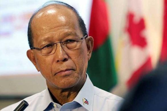 Sợ đối đầu Trung Quốc, Philippines muốn xét lại hiệp ước với Mỹ - Ảnh 1.