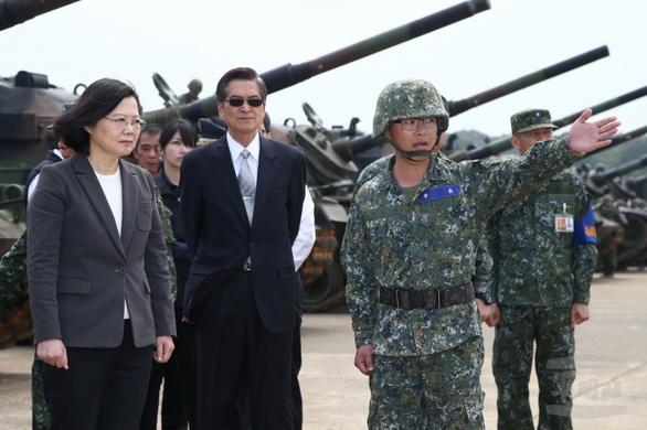 Đài Loan tuyên bố sẵn sàng chiến đấu vào bất kỳ thời điểm nào - Ảnh 1.