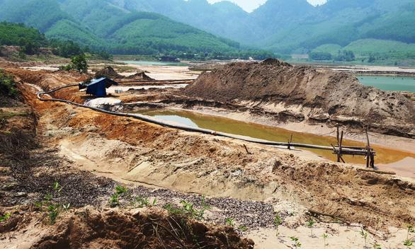 Quảng Nam đề nghị sớm duyệt đóng cửa mỏ vàng Bồng Miêu - Ảnh 2.