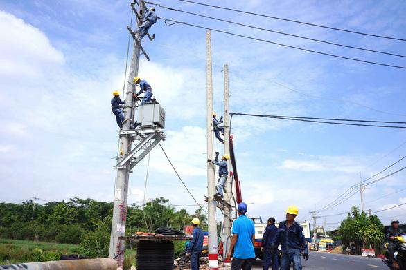 Vì sao giá điện phải tăng lên mức trên 1.864 đồng/kWh? - Ảnh 3.