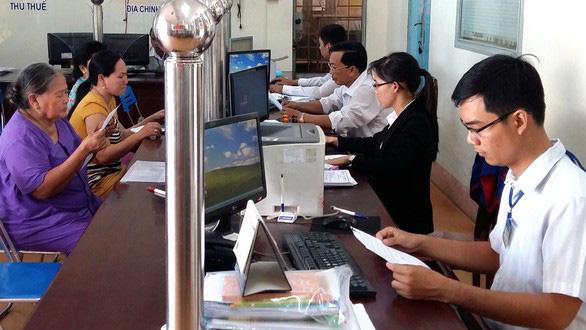 Hà Nội đề nghị không livestream, gí camera vào mặt cán bộ tiếp công dân - Ảnh 1.
