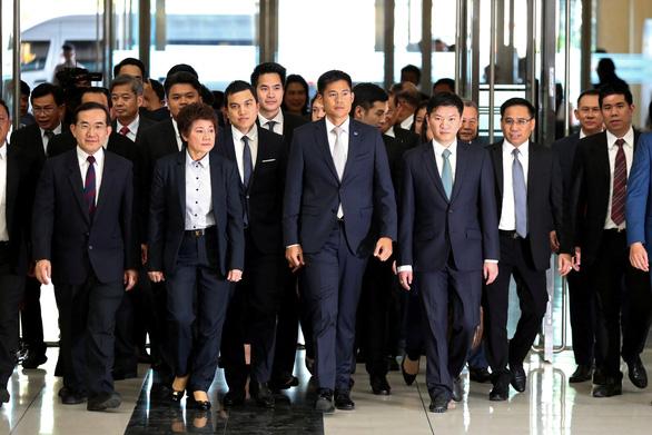 Đảng đề cử công chúa Thái bị giải tán - Ảnh 4.