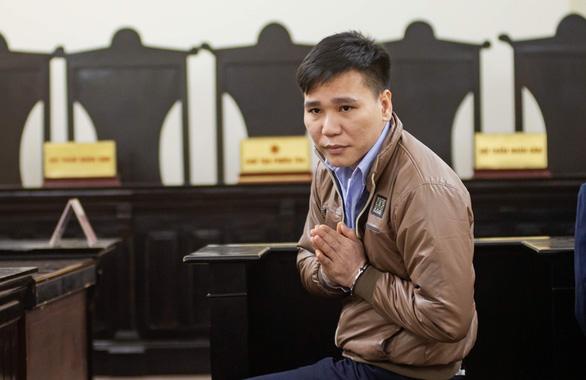 Xét xử ca sĩ Châu Việt Cường vụ giết nữ sinh trong cơn ngáo đá - Ảnh 1.