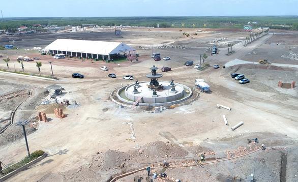 Thực tế cơ sở hạ tầng khu đô thị phức hợp – cảnh quan Cát Tường Phú Hưng đang gấp rút triển khai