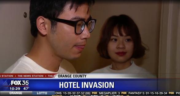 Hai du khách Việt lên đài Mỹ vì bắt trộm trong khách sạn - Ảnh 1.
