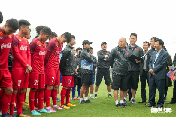 Quang Hải làm đội trưởng, trợ lý Lê Huy Khoa trở lại U-23 Việt Nam - Ảnh 1.