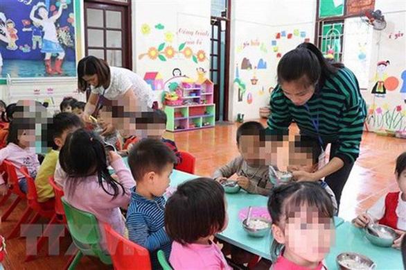 Truy nguồn thịt heo bẩn vào trường mầm non ở Bắc Ninh - Ảnh 1.