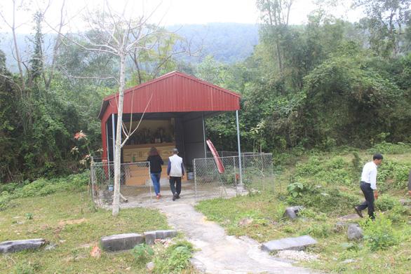 Di tích quốc gia Ly cung nhà Hồ xuống cấp và bị lãng quên - Ảnh 1.