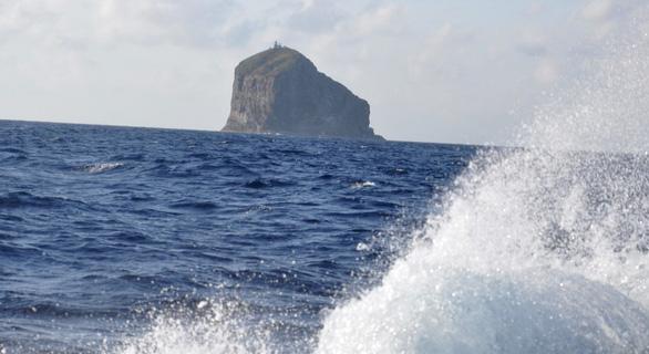Mắt biển ở Hòn Hải - Ảnh 4.