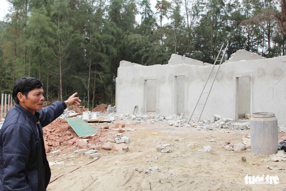 Vụ làm đầm tôm phá rừng phòng hộ: dỡ nhà xây trái phép - Ảnh 8.