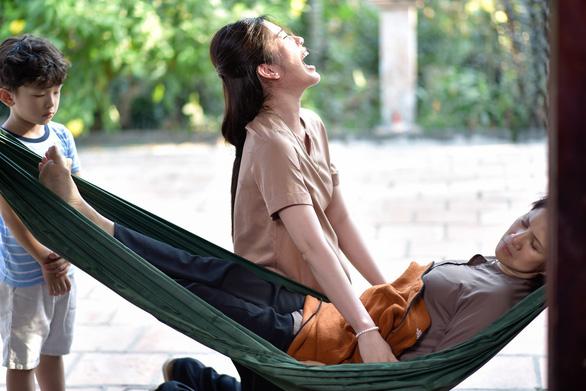 Vượt qua trầm cảm, Nam Em trở lại với phim ngắn đong đầy cảm xúc - Ảnh 3.