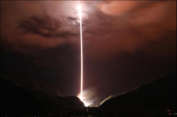 Siêu trăng kỳ ảo trong bộ ảnh thiên văn ấn tượng tháng 3 - Ảnh 9.