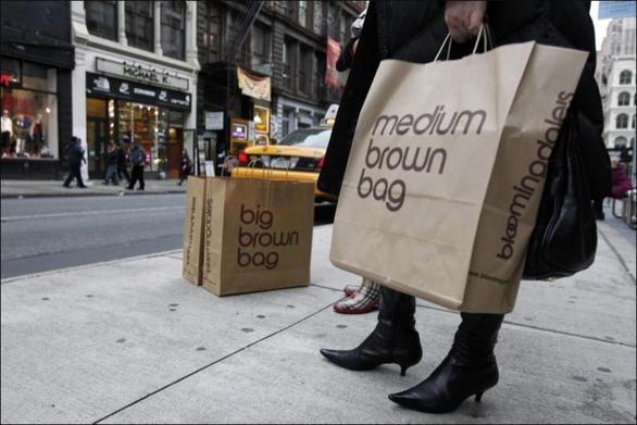 Dùng túi vải, giấy không đúng cách gây ô nhiễm hơn dùng túi nilông? - Ảnh 2.