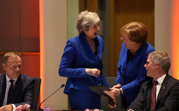 EU đàm phán tận khuya, cho Anh thêm 6 tháng để ly dị - Ảnh 1.