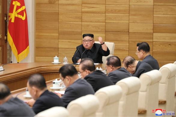 Ông Kim Jong Un kêu gọi giáng đòn nghiêm trọng vào các nước trừng phạt - Ảnh 1.