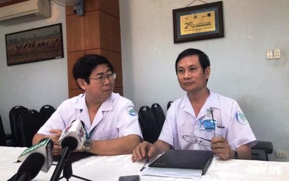 Nghi phạm đâm 10 người phải điều trị phơi nhiễm HIV không bị nhiễm HIV - Ảnh 1.