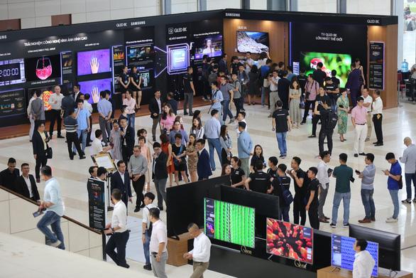 Samsung ra mắt tivi QLED 8K đầu tiên trên thế giới - Ảnh 4.