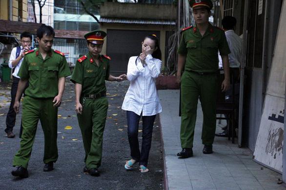 Đút túi 5,2 tỉ, nguyên nữ phó giám đốc Công ty Nguyễn Kim lãnh 7 năm tù - Ảnh 1.