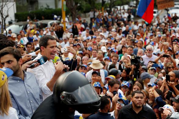 Ông Maduro đồng ý nhận viện trợ nhân đạo quốc tế thông qua Chữ thập đỏ - Ảnh 2.