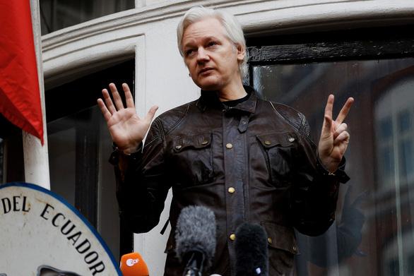 Ông trùm WikiLeaks bị cảnh sát Anh bắt - Ảnh 2.