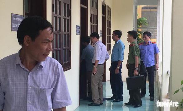 ĐH Kinh tế quốc dân hủy kết quả trúng tuyển 2 thí sinh Hòa Bình - Ảnh 1.
