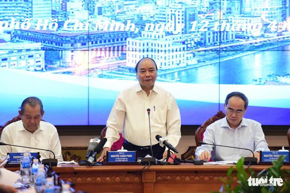 Thủ tướng Nguyễn Xuân Phúc: Metro ì ạch thì nước ngoài cười, dân mình cũng cười - Ảnh 1.