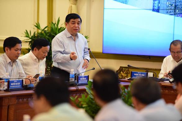 Thủ tướng Nguyễn Xuân Phúc: Metro ì ạch thì nước ngoài cười, dân mình cũng cười - Ảnh 2.