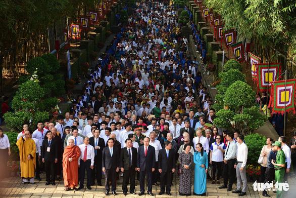 Hàng ngàn người dự lễ giỗ Tổ Hùng Vương ở TP.HCM - Ảnh 1.