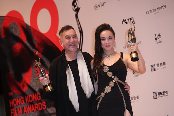 Huỳnh Thu Sinh hạ gục Châu Nhuận Phát giành giải Kim Tượng Hong Kong - Ảnh 1.