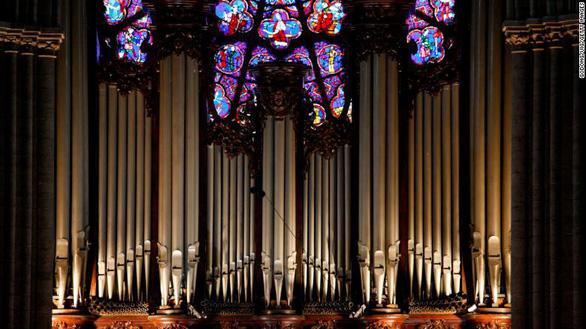 Nhà thờ Đức Bà Paris có các tác phẩm nghệ thuật nào? - Ảnh 3.