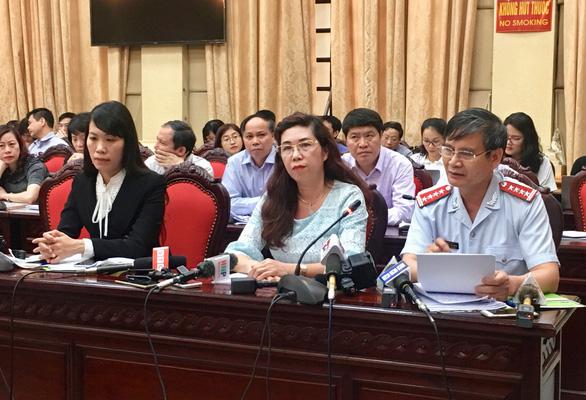 Sữa học đường 17 vi chất làm nóng giao ban báo chí Thành ủy Hà Nội - Ảnh 1.