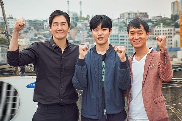 Xem phim Hàn Quốc để thấy tiền có thể bẩn như thế nào - Ảnh 1.