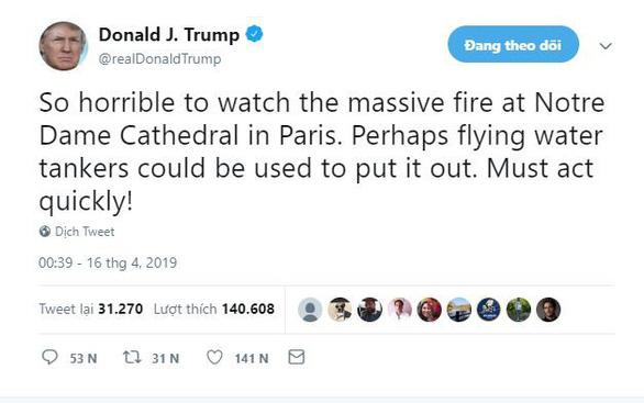 Dân mạng tan vỡ khi Nhà thờ Đức Bà Paris cháy - Ảnh 2.