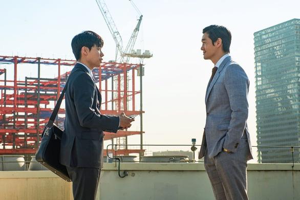 Xem phim Hàn Quốc để thấy tiền có thể bẩn như thế nào - Ảnh 3.