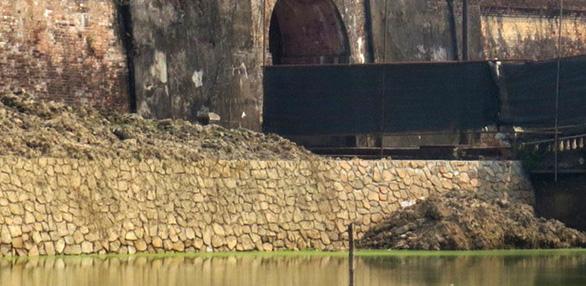 Xác định không đúng mức độ hư hỏng của bờ kè kinh thành Huế - Ảnh 9.