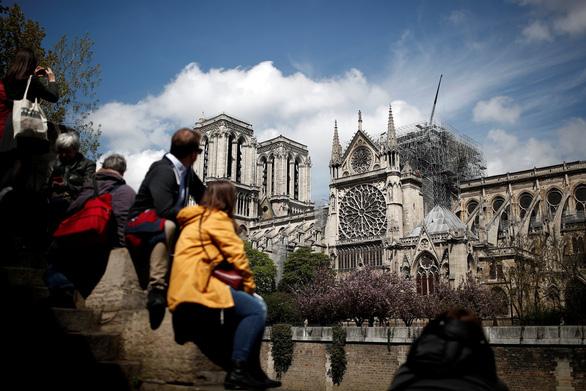 Pháp mở cuộc thi thiết kế lại tháp Nhà thờ Đức Bà Paris - Ảnh 1.