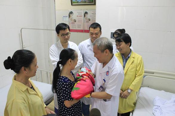 Sản phụ bị tim bẩm sinh phức tạp sinh con thành công - Ảnh 1.